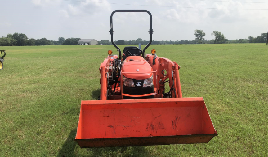 Kubota l2501 for sale in Texas2